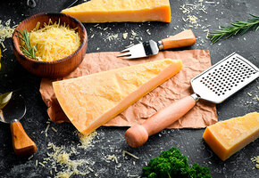 Рецепты с сыром:  рулет, розочки с ветчиной, пенне и еще много вкусного