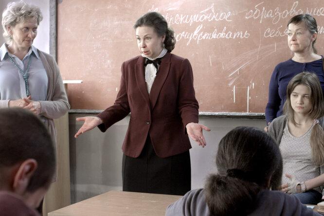 «То, чем занимаются некоторые российские школы, очень похоже натравлю родителей»