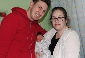 Отец и дочь перенесли одну и ту же спасительную операцию с разницей в 35 лет