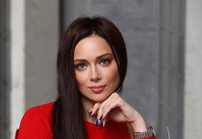 «Вы меня неувидите насцене»: Настасья Самбурская объявила обуходе изтеатра