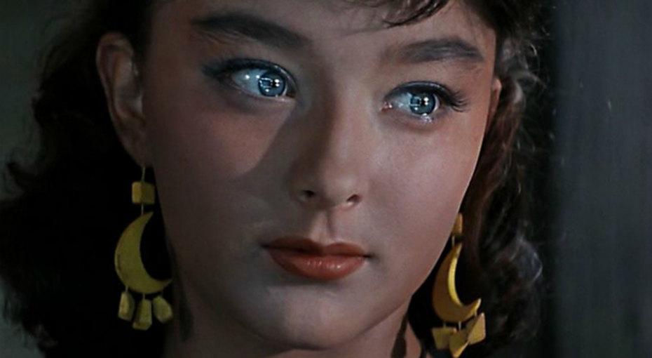 Красота вне времени: 14 самых сексуальных звезд советского кино