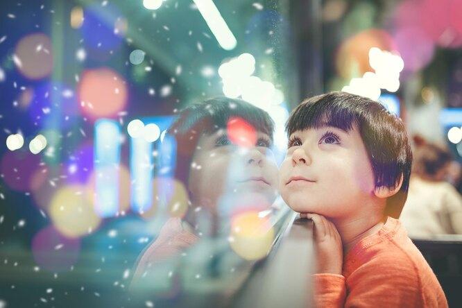 Подать нищему, отвезти подарки сиротам идругая вредная помощь накануне праздников