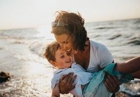 Игра по правилам и без: как научить ребёнка не брать чужие вещи?