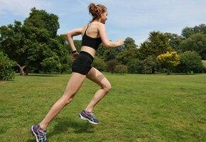 Девочка с анорексией выжила и стала фитнес-гуру. Вот как она выглядит теперь