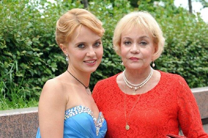 «Сашка была наволоске отсмерти»: Ирина Шевчук рассказала, как едва непотеряла дочь