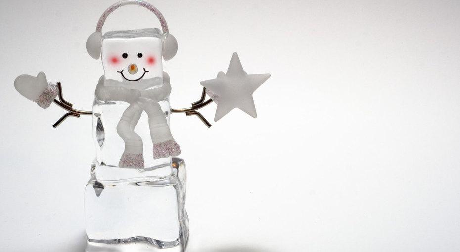 Чем занять ребенка напраздники: 5 идей дляигр со льдом