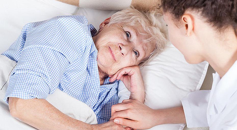 Женский родственный долг: почему мы обязаны ухаживать забольными ипожилыми