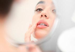 4 совета, как сохранить красоту губ зимой