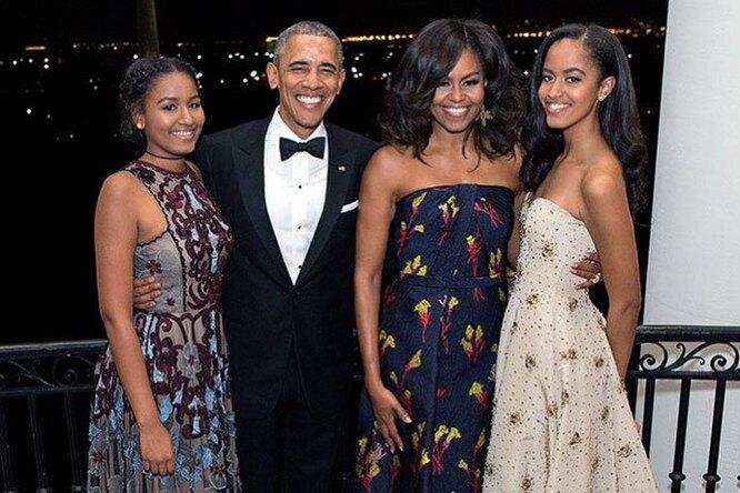 «С днем рождения, малышка!» Барак Обама трогательно поздравил жену ивыложил совместные фото
