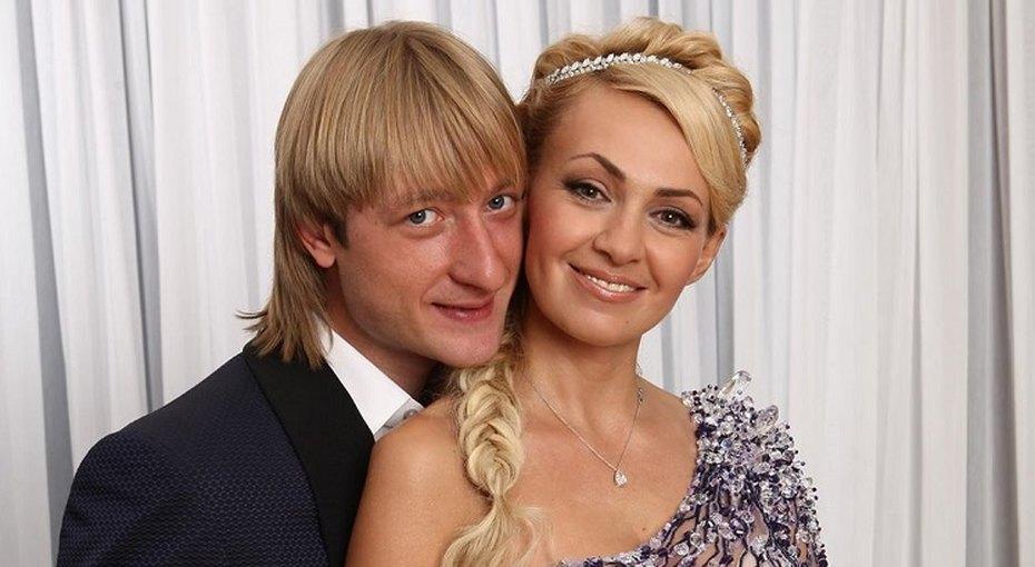 «10 лет пролетели как один миг»: Евгений Плющенко поделился архивными фото свадьбы