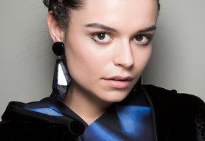 Ресницы и брови на зависть: как сделать их более густыми