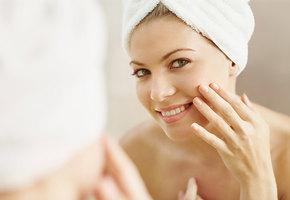 Уход за кожей и месячные: что происходит с нашим лицом в разные дни цикла