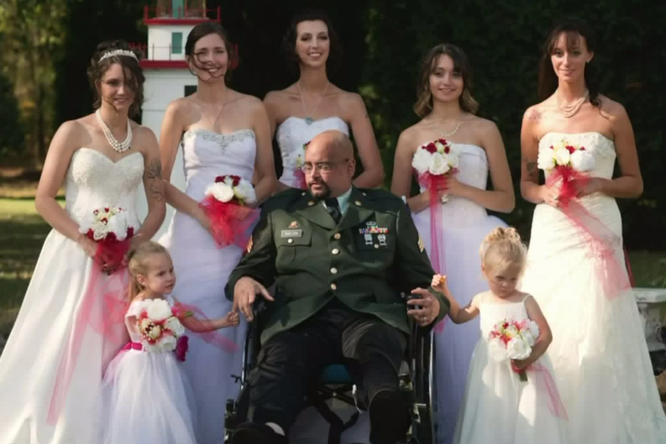 Семь дочерей исполнили самую большую мечту умирающего отрака отца