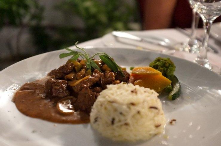 Классический рецепт бефстроганова из говядины со сметаной