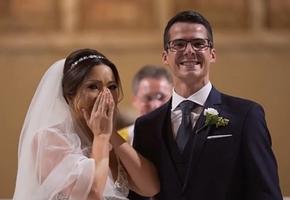 Жених приготовил невесте, работающей с особенными детьми, неожиданный подарок. Она не могла сдержать слез!