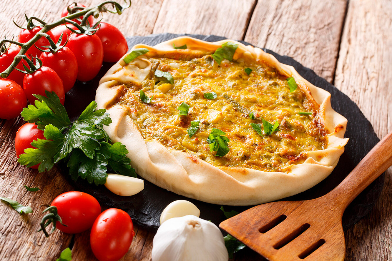 Рецепт открытого пирога-галета с сыром, картофелем и зеленью