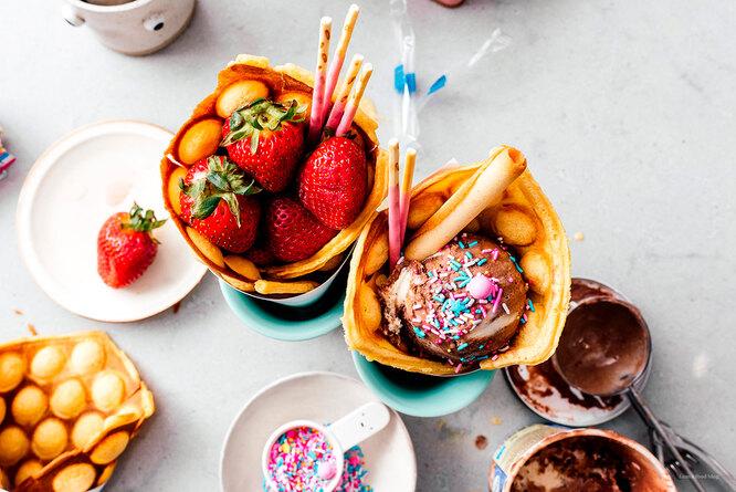 Корнетики из блинов с мороженым