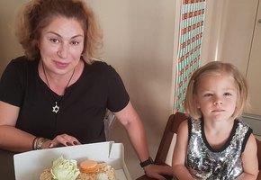 «Они боятся остаться без любви»: мама Тимати рассказала, как позаботиться о детях во время развода