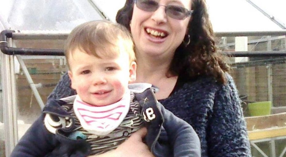 «Почему я имножество британских мам нехотим кормить грудью» - откровения англичанки