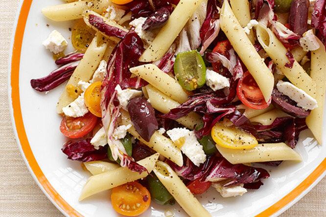Сицилийский салат с пастой