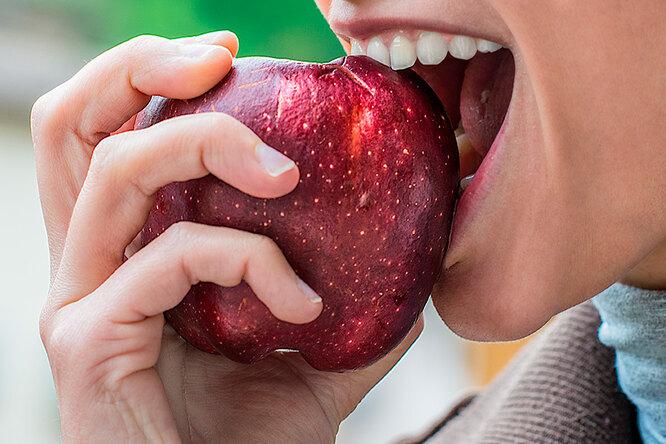 Яблоко здоровья: почему нам нужно съедать хотя бы одно каждый день