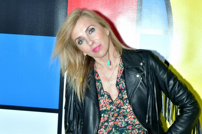 «На Ветлицкую похожа»: 52-летняя Светлана Бондарчук изменила прическу
