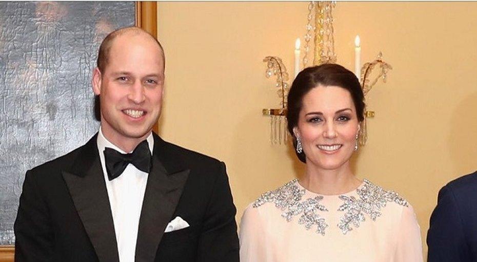 Кортеж принца Уильяма сбил 83-летнюю женщину