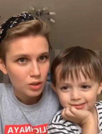 Дарья Мельникова со старшим сыном Артуром