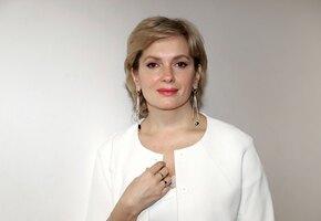 Блондинка или шатенка? Как выглядела Мария Порошина в молодости