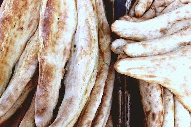 "Готовим знаменитый грузинский хлеб ""шотис пури"". Вкусно!"