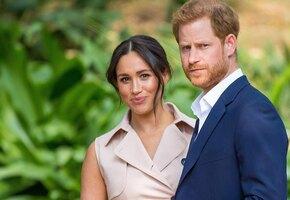 «Вся семья опечалена»: Королева впервые о скандальном интервью Меган и Гарри