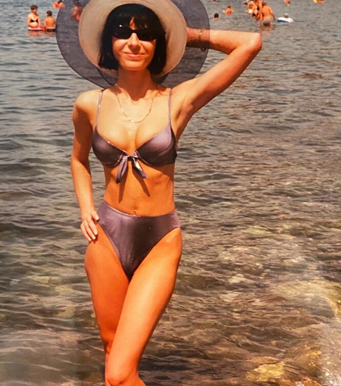 Так Оксана Лаврентьева выглядела в 20 лет
