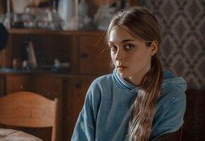 «Голову не потеряю»: 7 фактов о звезде фильма «Топи» Анастасии Крыловой