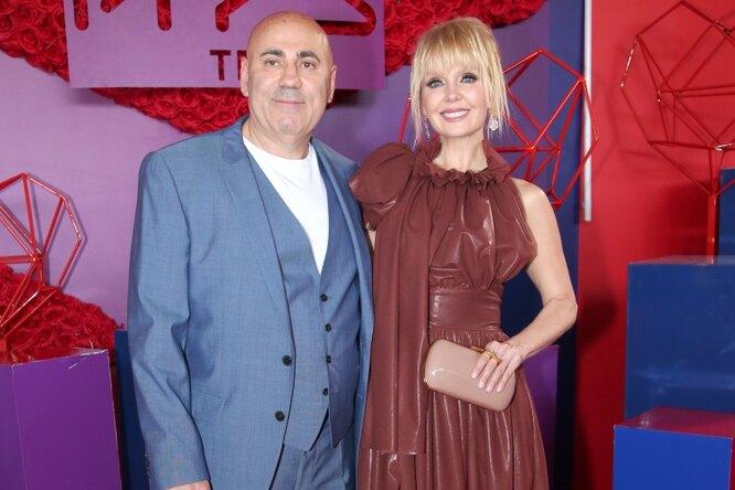 «Невероятно гармоничная пара»: Николай Басков поздравил Валерию иПригожина с15-летием свадьбы