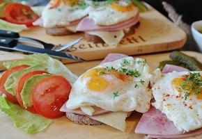 Три завтрака на основе яиц: испанский, ближневосточный и тайский