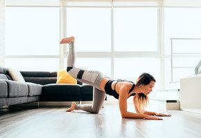 5 простых упражнений для домашней тренировки и табличка с графиком выполнения