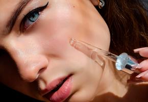 Заполнитель морщин, лифтинг-маска, масло для лица и еще 7 новинок для идеальной кожи