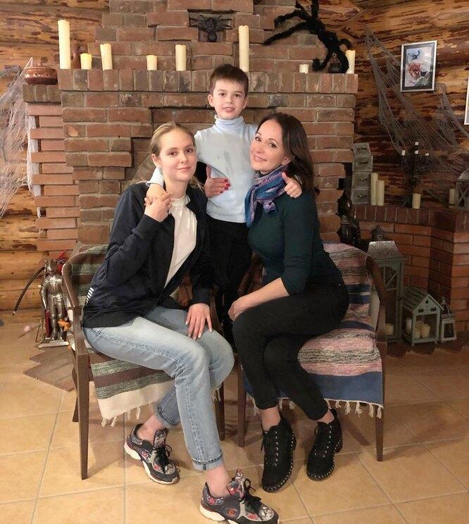 Ольга Кабо и ее дети фото