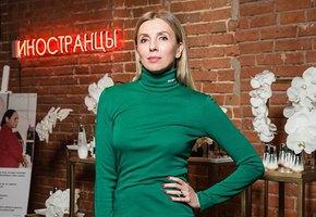 «Вот это грудь!» 50-летняя Светлана Бондарчук выложила откровенные фото с возлюбленным