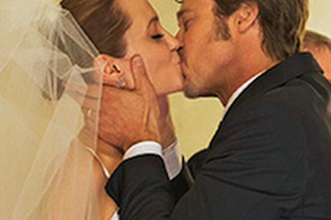 Анджелина Джоли иБрэд Питт сыграли свадьбу!