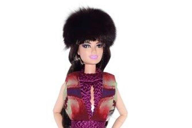 Barbie внарядах отроссийских дизайнеров