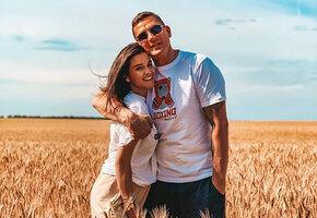 «Придется всю ночь смотреть мультики»: Ксения Бородина отметила годовщину свадьбы с мужем и младшей дочерью