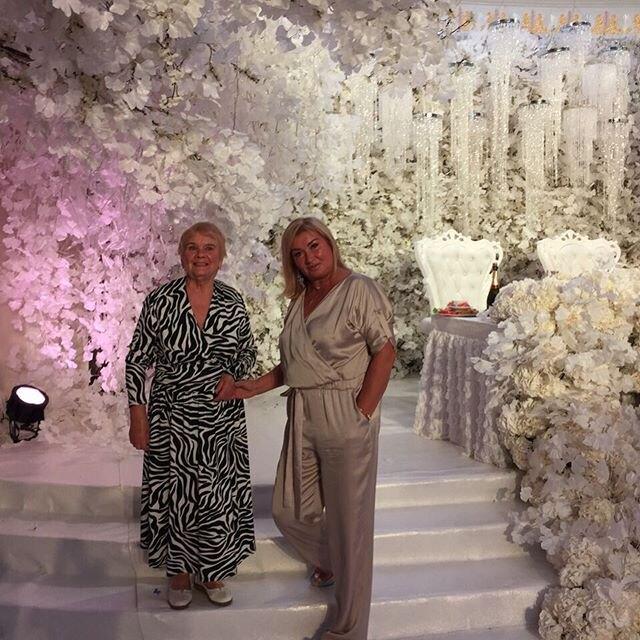 Мама и бабушка Ксении
