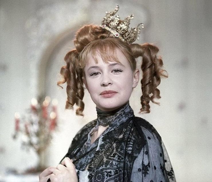 Марина Неелова, Старая, старая сказка