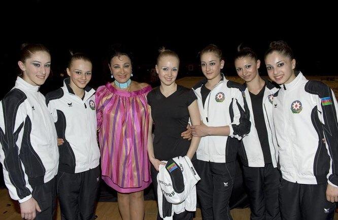 Ирина Винер с воспитанницами фото