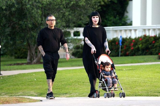 Кэт Фон Ди с мужем и сыном