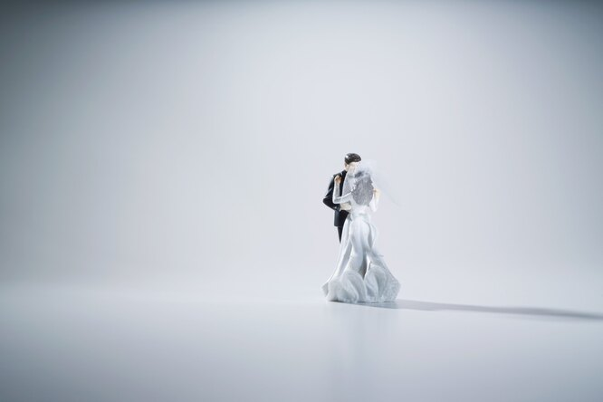Выгодная сделка: невеста продала первую свадьбу, чтобы сэкономить длявторой