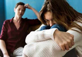 Мама, не надо! Как отношения с матерью могут повлиять на всю вашу жизнь