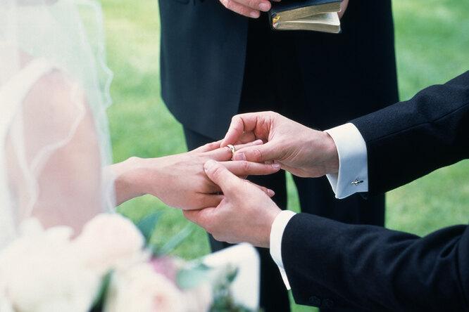 Годовщина свадьбы. Вместе 25 лет: как называется, что подарить, традиции