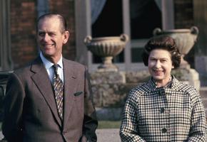 99-летний муж Елизаветы II  принц Филипп экстренно госпитализирован